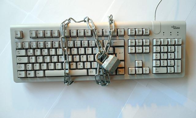 řetěz na klávesnici